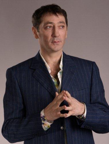 Григорий Лепс -Рюмка водки на столе(текст-lyric) - YouTube